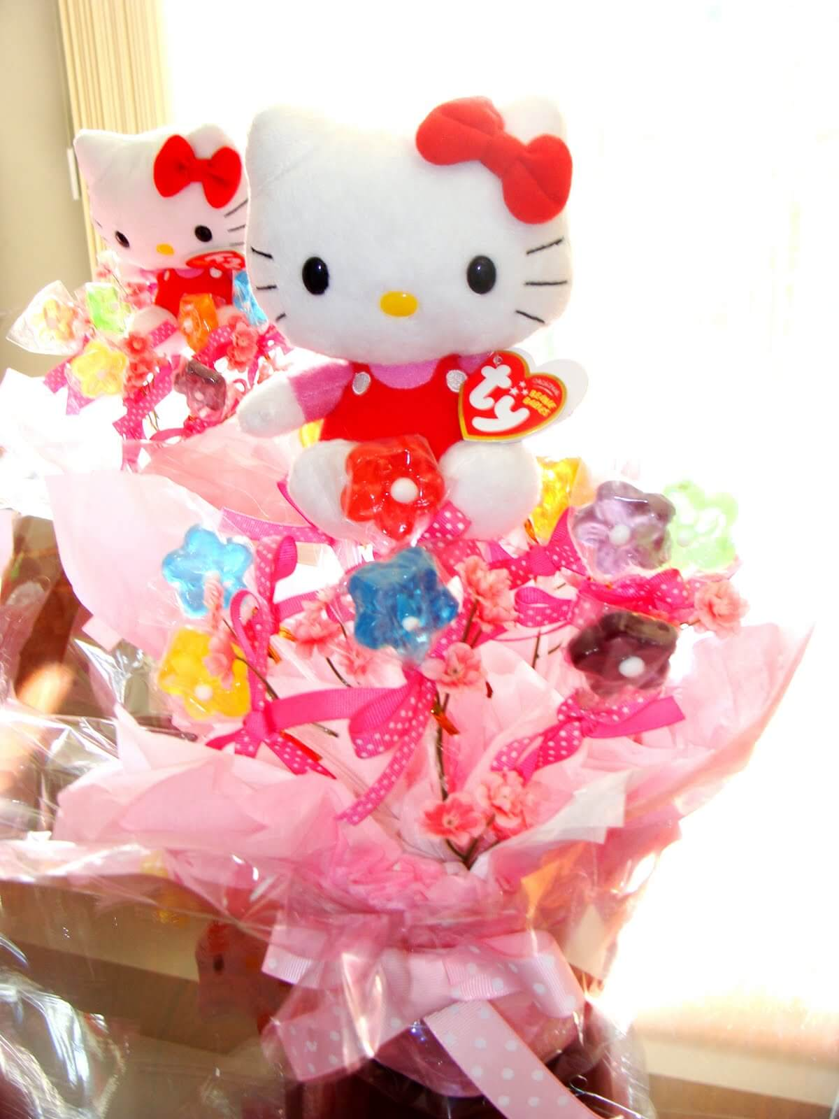 Baby Shower Bouquet Ideas Hello Kitty Candies