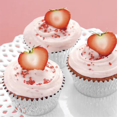 baby shower food ideas for baby girl pink strowbery cupcakes